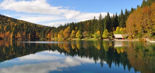 Het meer van Fusine