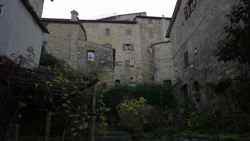 Castelnuovo Val di Cecina 17 (800x450)